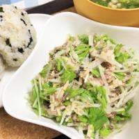 サバ缶と大根水菜の混ぜるだけおかずサラダ