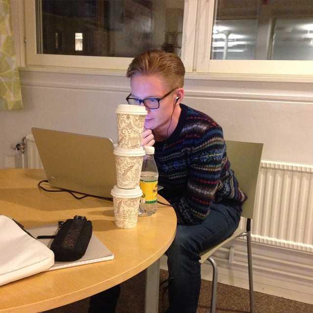 Klockan är 16, någon som känner igen sig? #koffeinkick #tekniskfysik