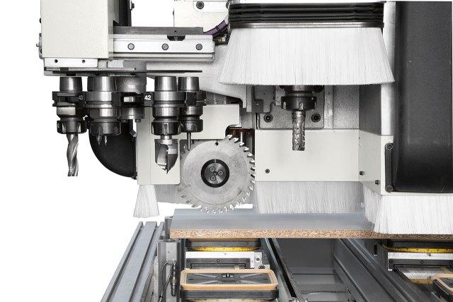 Пильная группа обрабатывающего центра с ЧПУ для сверления и фрезерования Morbidelli M600/800, производство SCM Италия