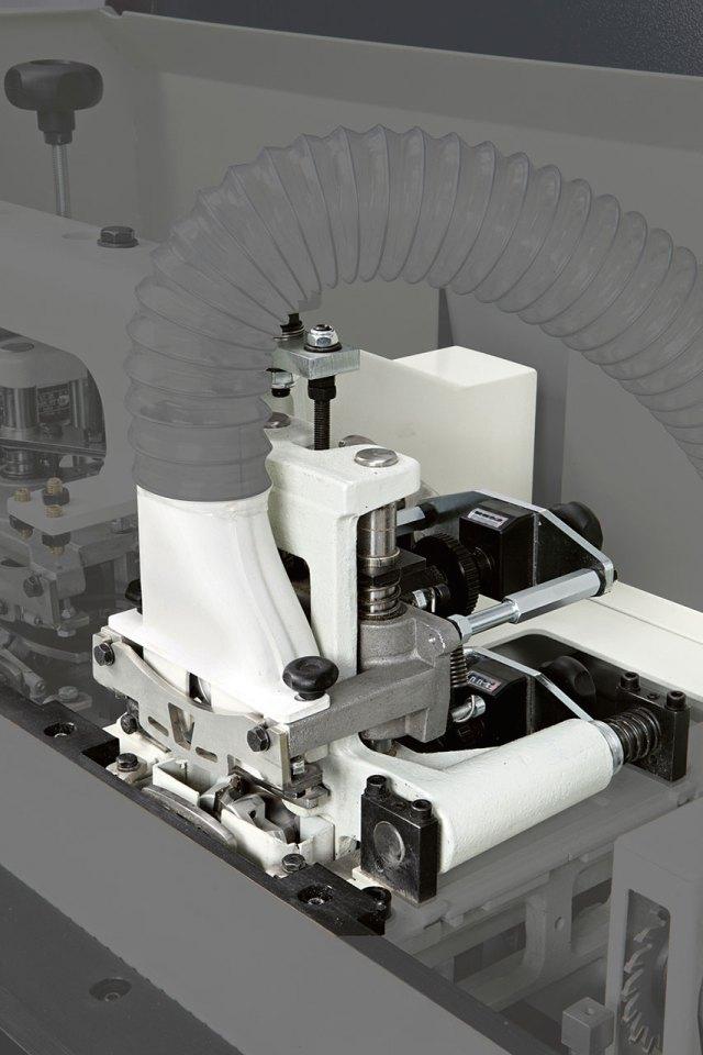 Торцовочная группа с радиусной обработкой кромкооблицовочного станка Minimax ME 25, производство SCM (Италия)