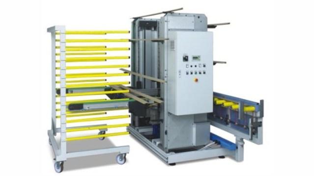 Автоматический вертикальный разгрузчик на этажерки SF, производство Giardina Group Италия