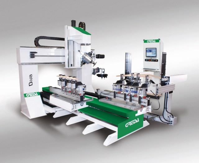 Diva Door R2+R1 CU обрабатывающий центр с ЧПУ с 6 интерполируемыми осями, конфигурация AT, производство Greda Италия