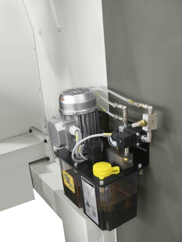 Автоматическая система смазки станка Celaschi P 40, производство SCM Италия