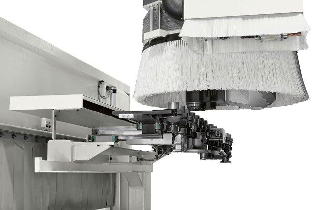 Инструментальный магазин FAST14 обрабатывающего центра с ЧПУ Morbidelli M220 (Италия)