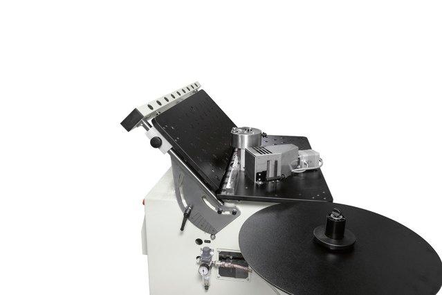 Наклоняемый рабочий стол Minimax E 20, производство SCM Group (Италия)