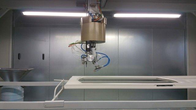 5-ти осевой робот для окраски дверей серии RBP-D, производство Giardina Group Италия