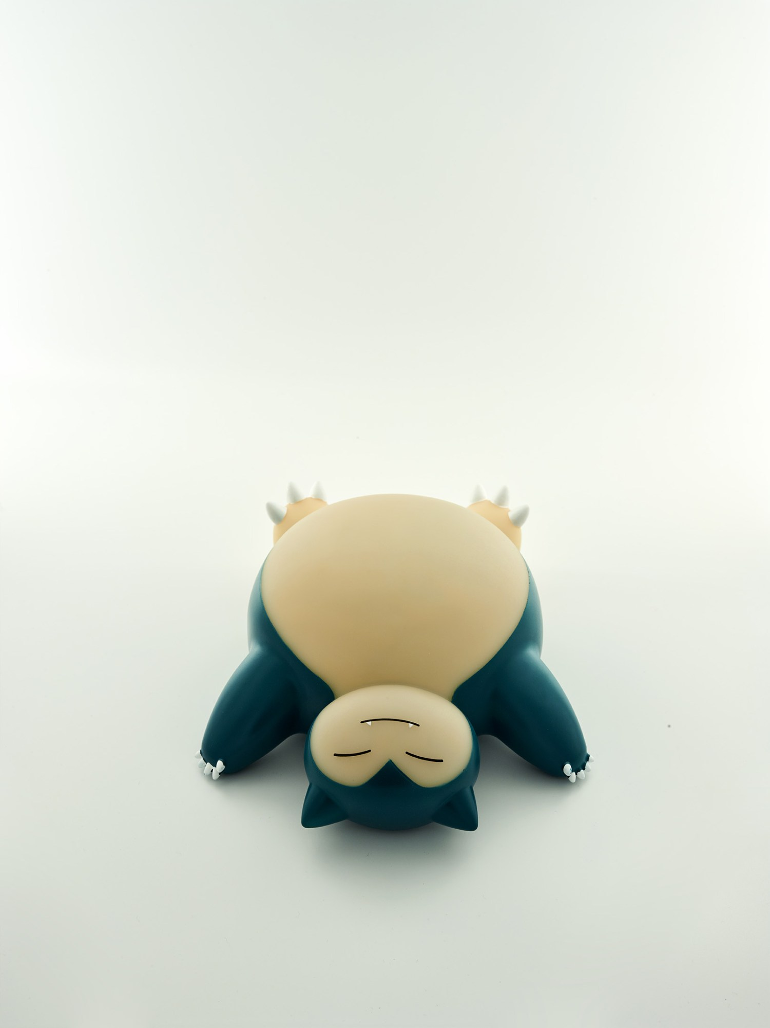 Pokémon snorlax led lamp top view