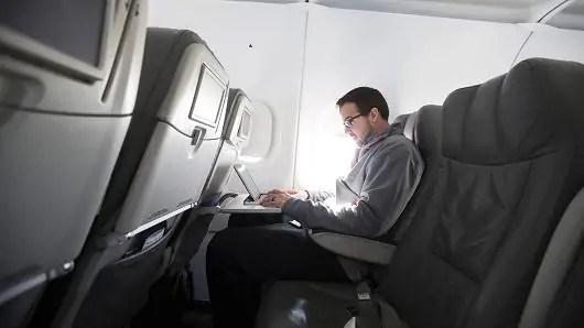 Marekani kuzidisha katazo la Laptop