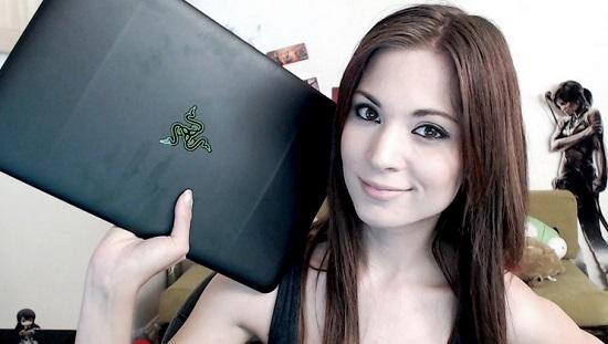 Melonie Mac Daftar Gamer Wanita Cantik Yang Terkenal di Dunia