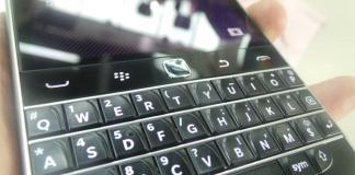 BlackBerry dengan QWERTY khas-nya