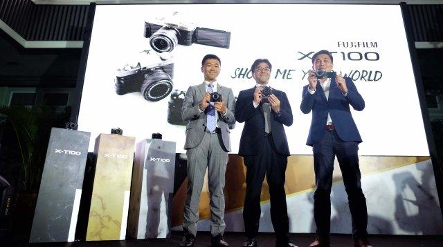 Peluncurkan kamera mirrorless Fujifilm X-T100 terbaru di Restoran Suasana Jakarta Selatan