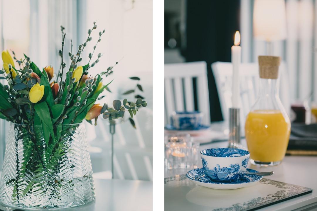 Afternoon tea med Spode Blue Italian och mimosa i glas från Iittala Essence och tulpaner i Stubbe från Svenskt tenn