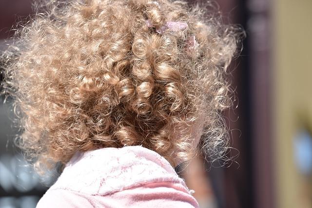 Vienspalvis plaukų dažymas: ką derėtų žinoti