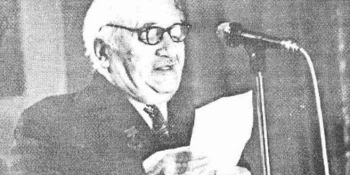 Борис Тен (Микола Васильович Хомичевський) виступає перед слухачами