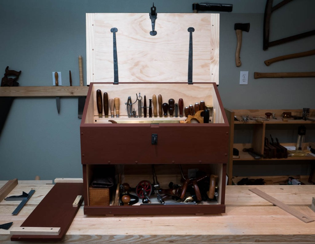 The commonly used tools quickly filled up the chest. A few odds and ends that will still need to find a place.
