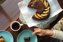 季節ケーキ / 的形ミカンのチョコレートチーズケーキ