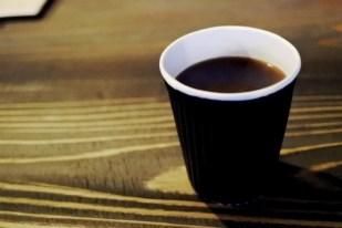 パーランドコーヒーのオーナーが、丁寧に淹れてくれます。カンノーロと合う!