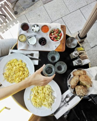tel aviv israeli breakfast