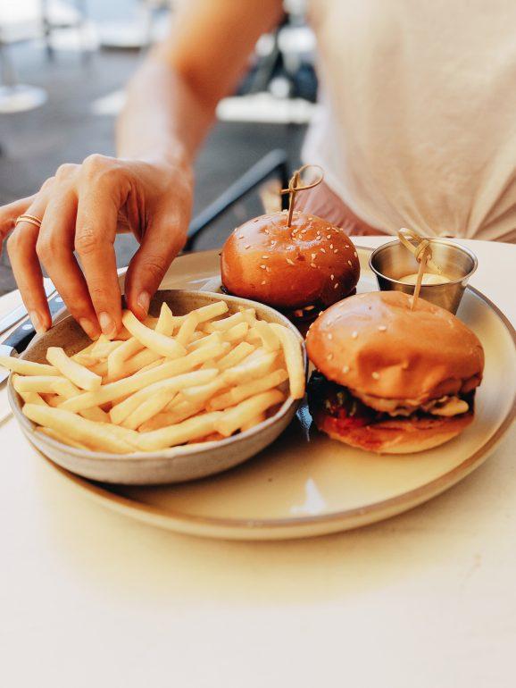 shrimp burger tel aviv