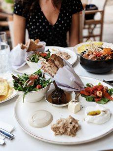 zoti and julia cafe tel aviv israeli breakfast