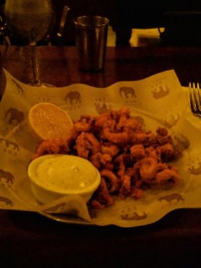 223 cocktail bar in tel aviv calamari