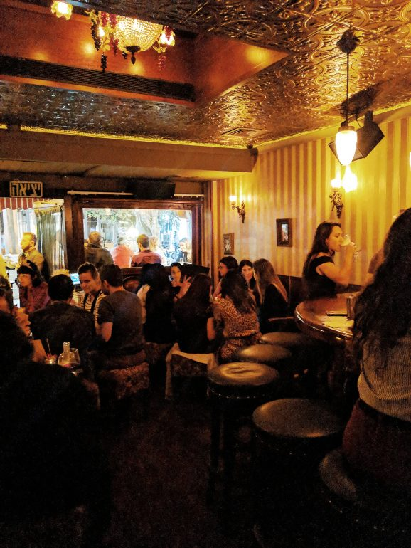 223 cocktail bar in tel aviv