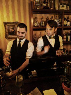 223 cocktail bar in tel aviv bartenders
