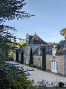 לינה בטירה בצרפת