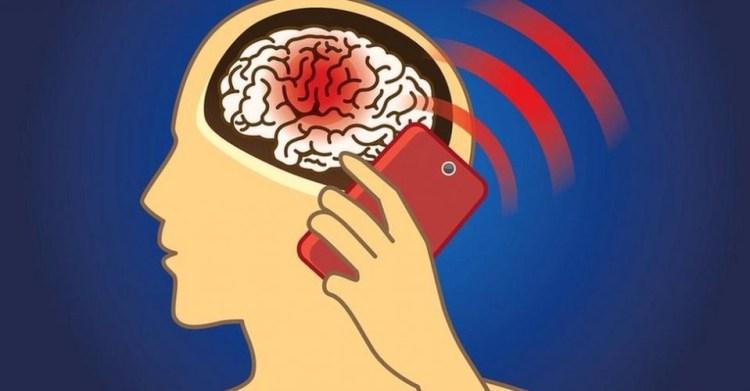 teléfonos que más radian