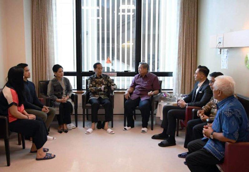 Kunjungi Ani Yudhoyono, Demokrat: Terima Kasih Jokowi