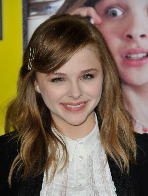 Chloe Moretz at arrivals for MOVIE 43 Premiere, Grauman's C hinese Theatre, Los Angeles, CA January 23, 2013., Image: 152191011, License: Rights-managed, Restrictions: For usage credit please use; Dee Cercone/Everett Collection, Model Release: no, Credit line: Profimedia, Everett