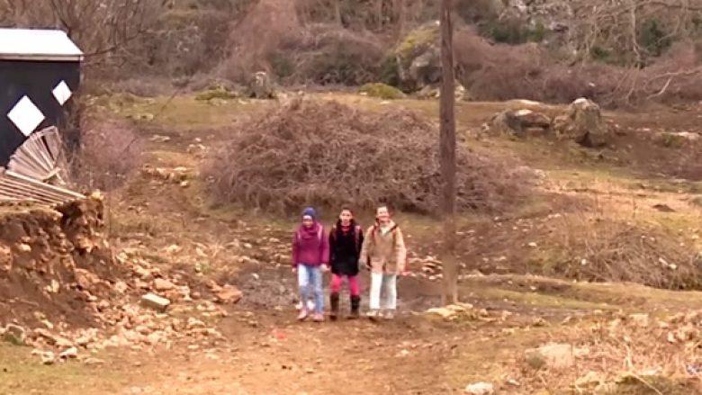 Image result for femijet ne fshat