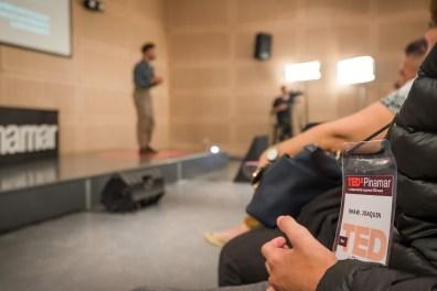 Uno de los cien beneficiados en presenciar las charlas, a las que se inscribieron más de 300 personas.