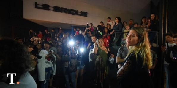 La actriz y cantautora argentina Jimena Barón se sumó al acto en memoria de Fernando.