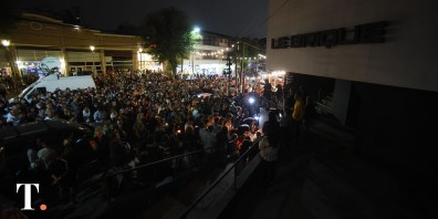 Una multitud acompañó el pedido de justicia por Fernando Báez Sosa en VIlla Gesell durante la primera marcha, a pocos días del crimen (Fotos Ricardo Stinco).