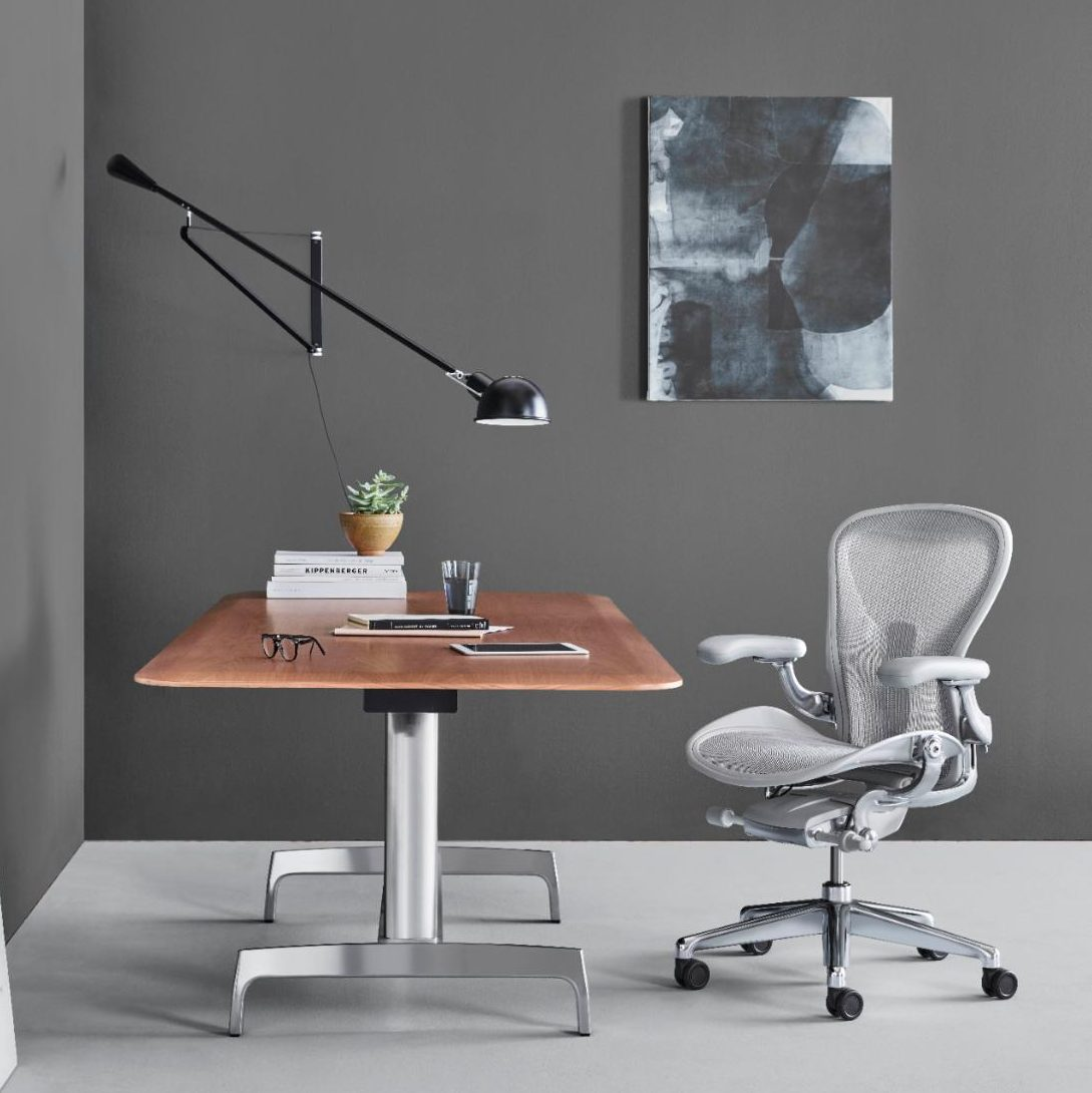 Aero Chair Herman Miller Remasters The Aeron Chair