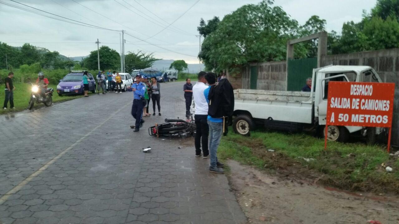 "Aparatoso accidente de tránsito cerca de ""Villa Vieja"" en Estelí."