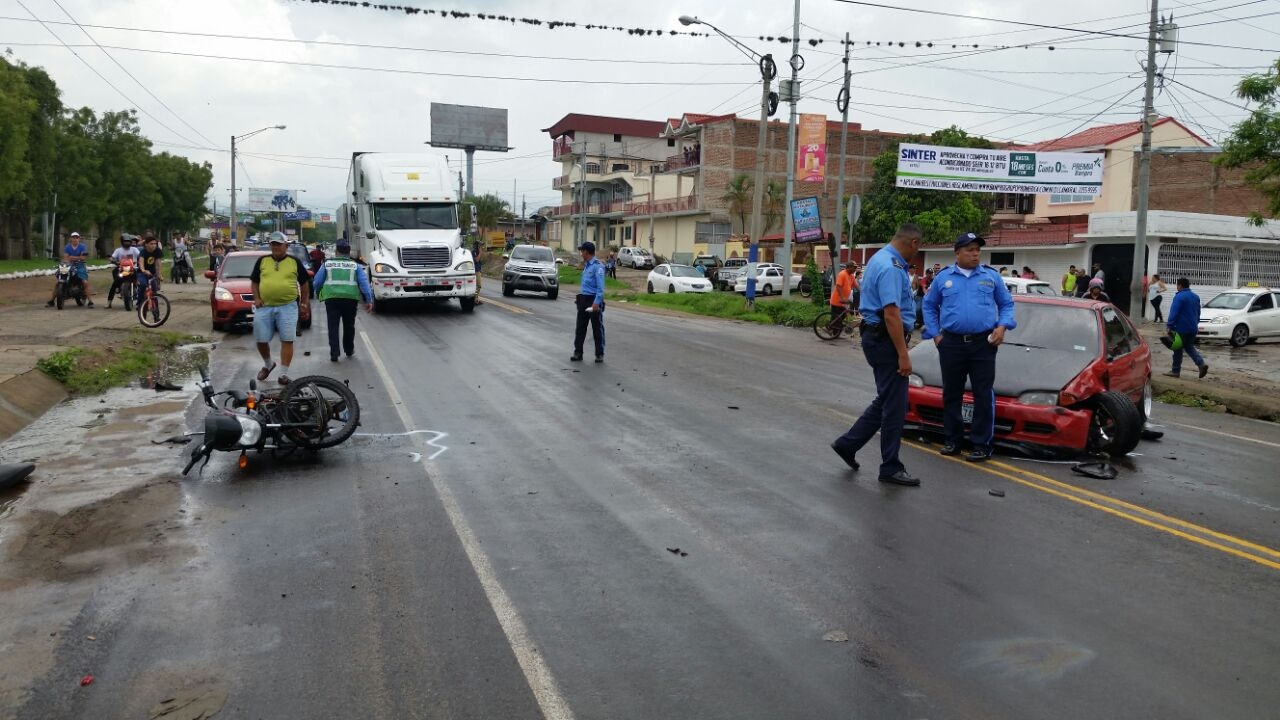 Colisión entre motocicleta y vehículo en Estelí dejó un fallecido.