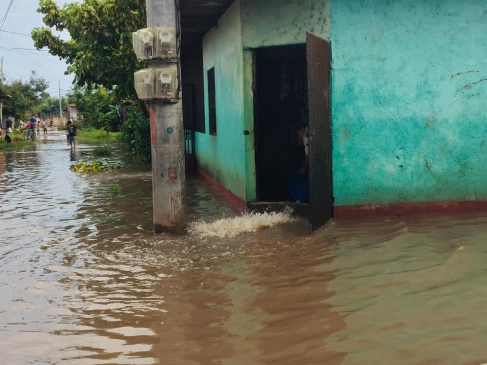 Lluvias con granizo y fuertes rachas de vientos en Estelí.