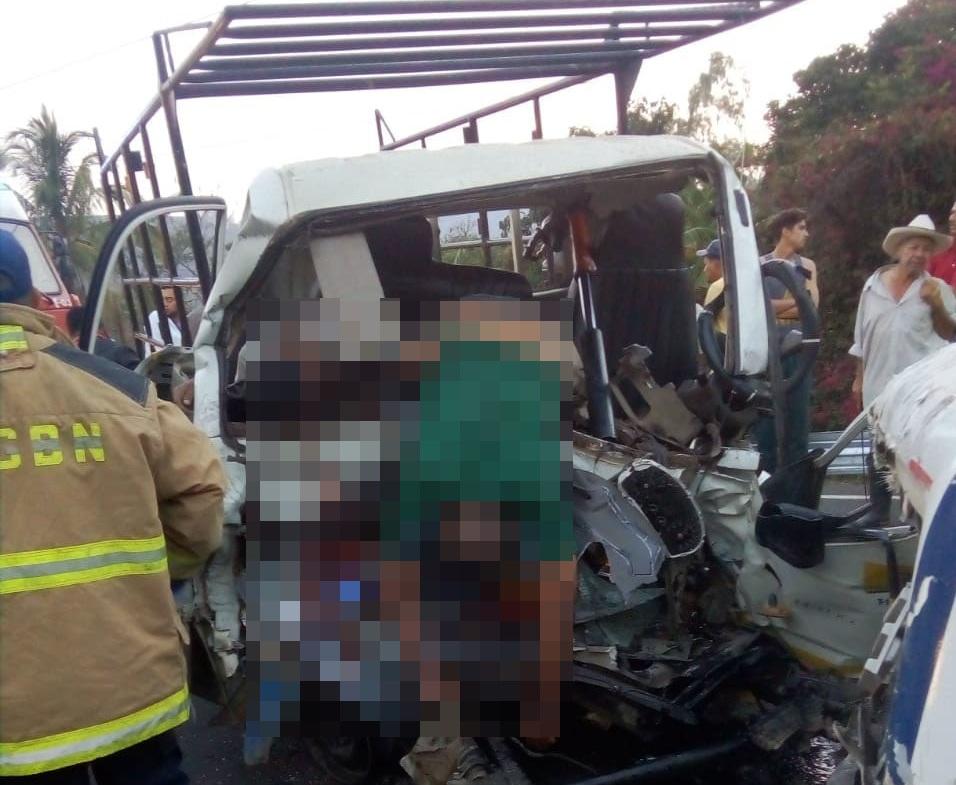 Dos muertos y otro gravemente lesionado dejó un aparatoso accidente de tránsito en Estelí.