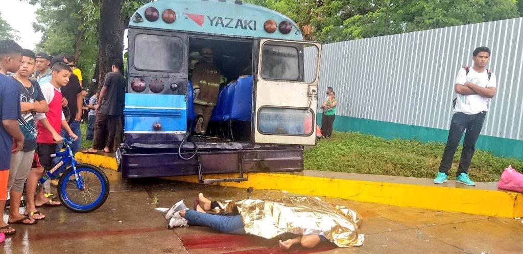 Tres fallecidos en accidente de tránsito en la Carretera Télica-León.