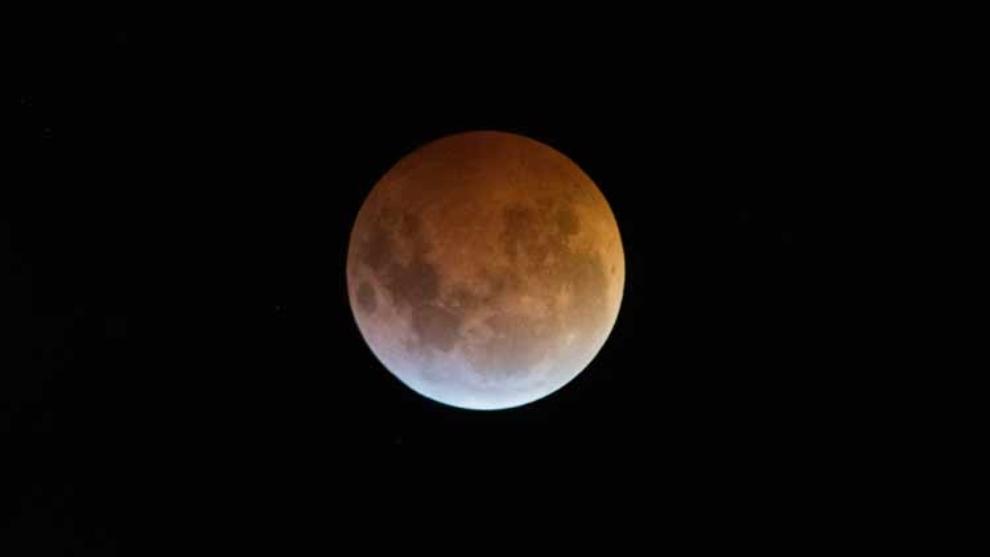 Luna lobo: qué significa y cómo ver la primera luna llena del 2021.