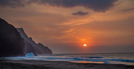 Sunset Lowering - Kalalau Beach Trail, Kauai