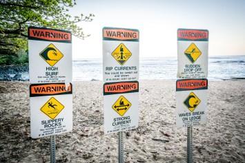 Warnings Kee Beach, kauai
