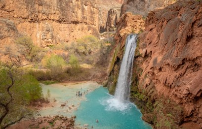 Havasupai Falls with Many People