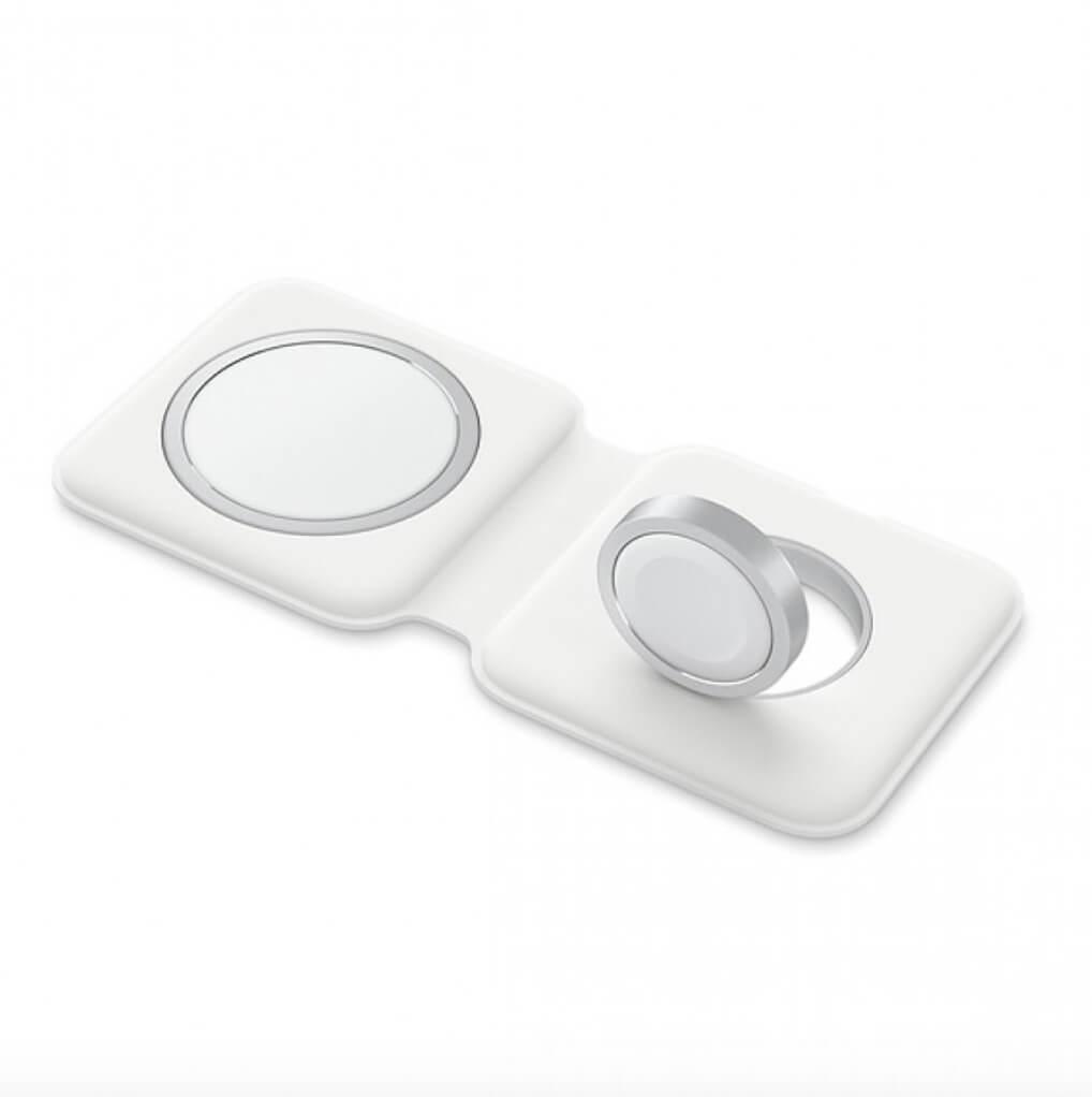 Apple MagSafe Duo 1