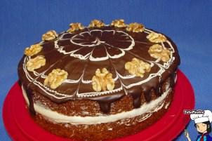Tarta Carrot Cake con baño de Chocolate