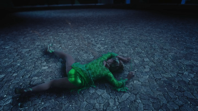 a screencap of tinker bell's underwear (played by rose mciver's stunt butt?)