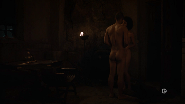 grey worm (played by jacob anderson) and missandei (played nathalie emmanuel) get naked and prepare to make love