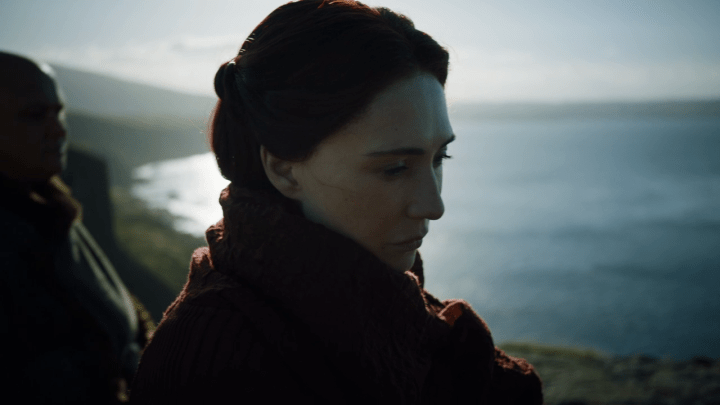 melisandre (played by carice can houten) prepare to leave westeros